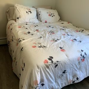 kate spade Bedding - Kate Spade: Comforter and Sheet Set